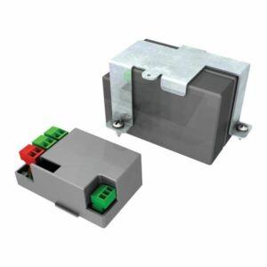Akkumulátor csatlakozó és töltő panel