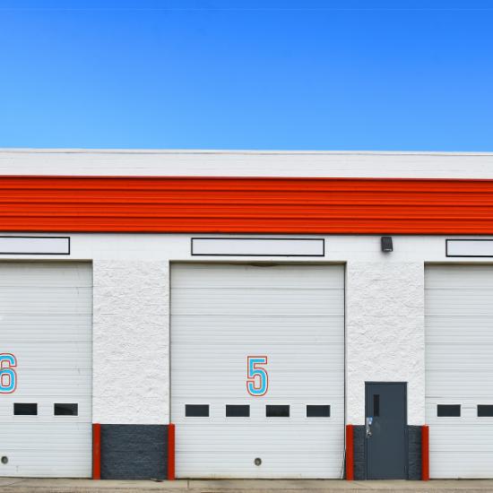 Egyedi ipari garázskapu